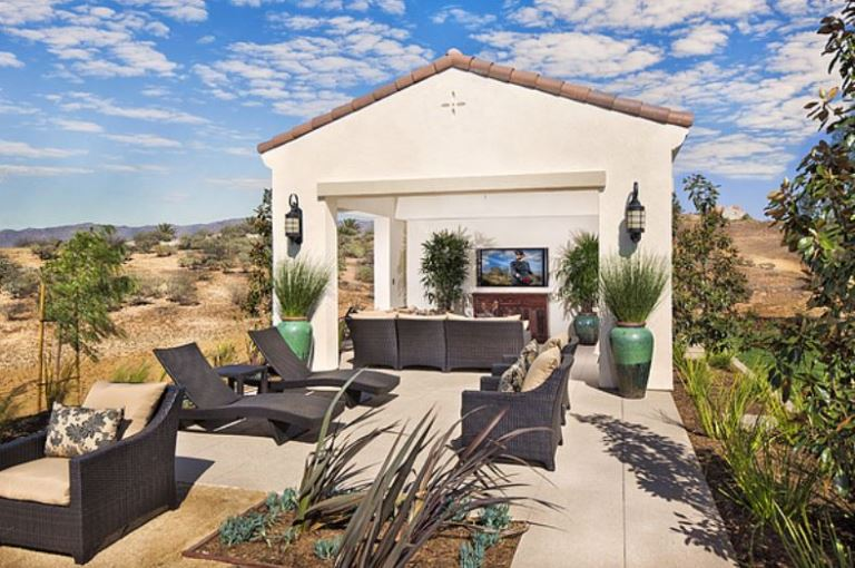 best tips to design relaxing outdoor living spaces